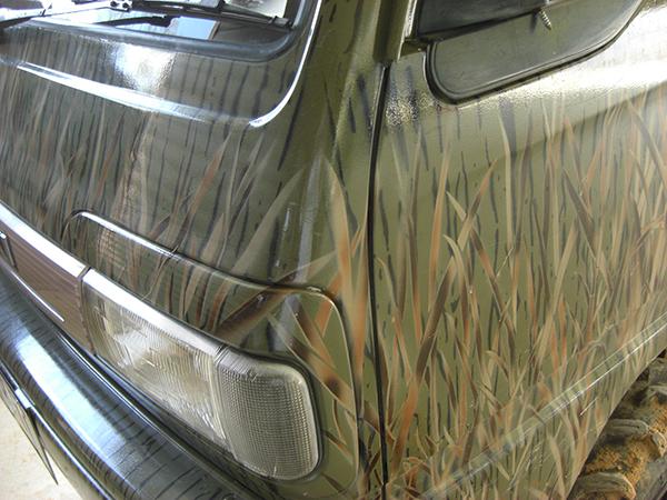 海外向けにFAFリフトアップスプリングや 軽バン・軽トラ用の補修部品を輸出しています。