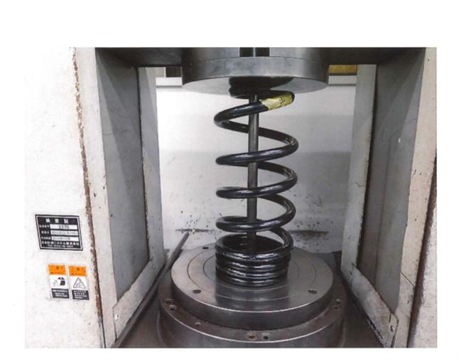 N-VAN Rスプリング 常用荷重時の写真2